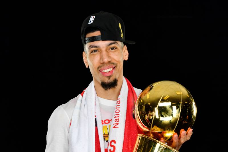Danny Green with the Larry O'Brien Trophy after winning the NBA Championship with the Toronto Raptors    Photo:   Bleacher Report
