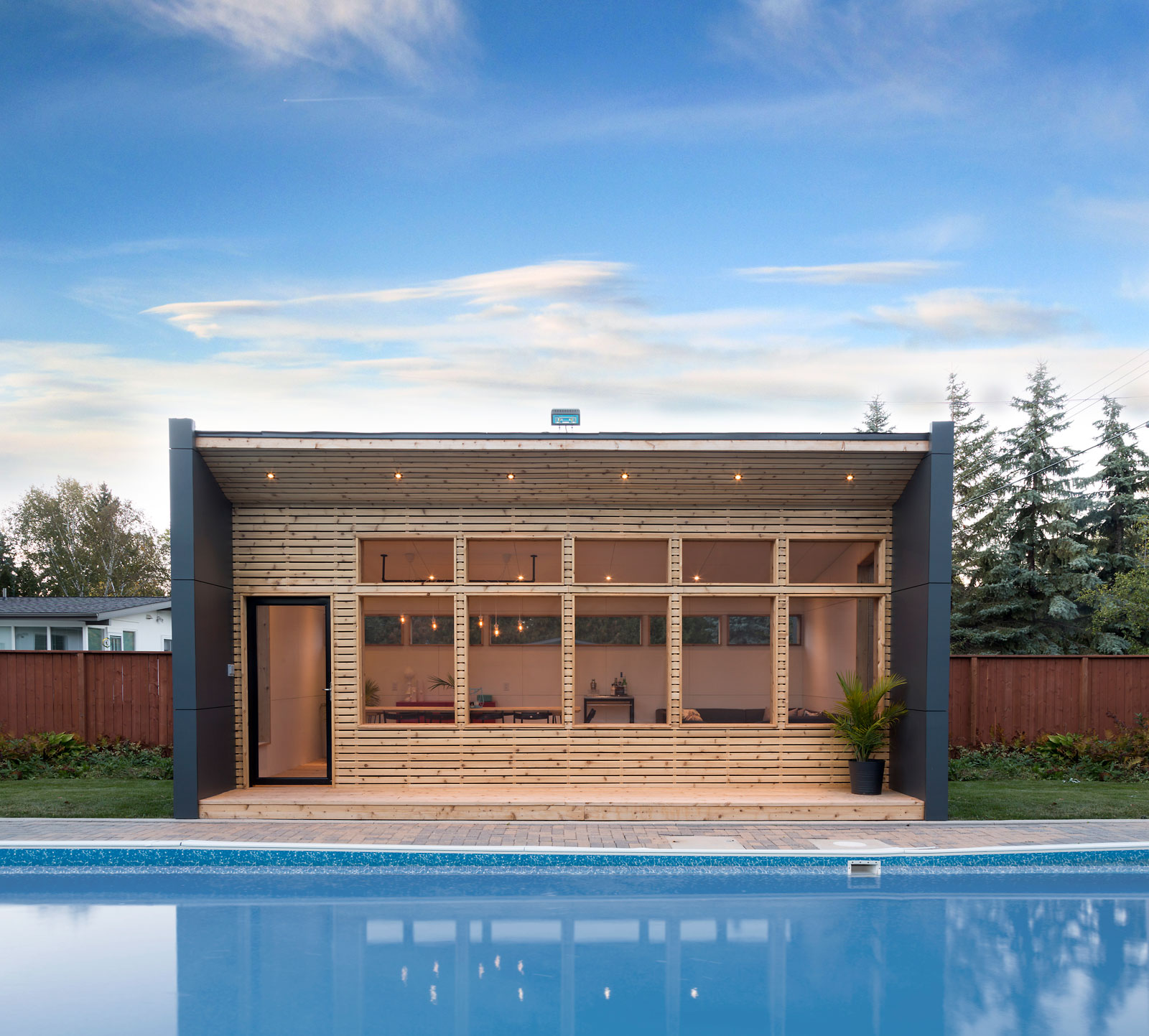 Charleswood - Back Yard Outdoor Dining Room & Living Room