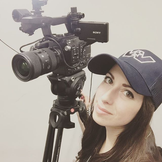 And that's a wrap for #expocam2019 ! Thanks again to NewCom for another great run 😃#video #videography #sonyfs5 #shoot #event #business #promo #trucking #trucks #camera #sony #broll #montreal #cameragirl #like #follow