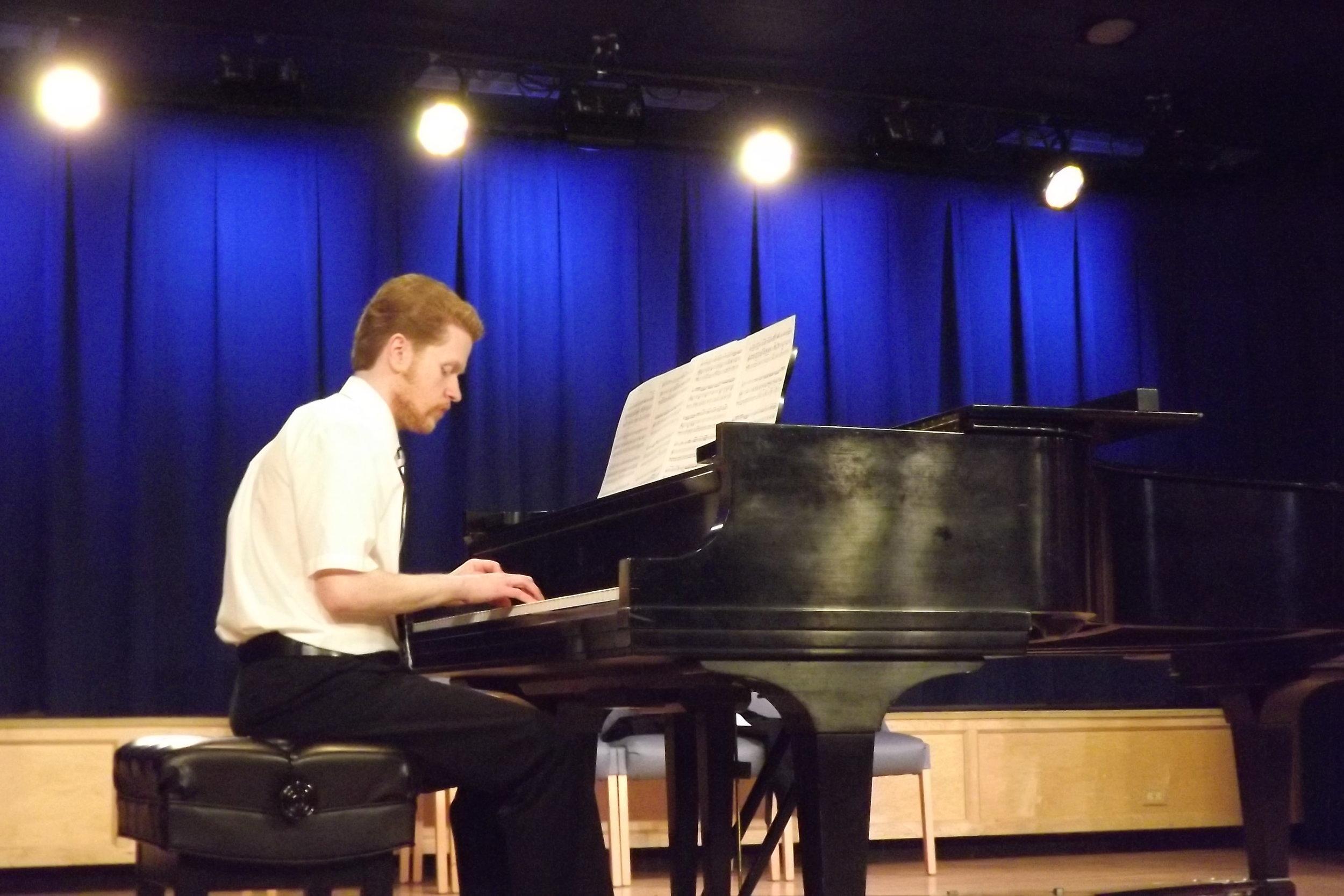 Jacob at the Piano_01.JPG