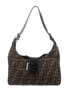 Very similar to my new Fendi bag, and at a great price!