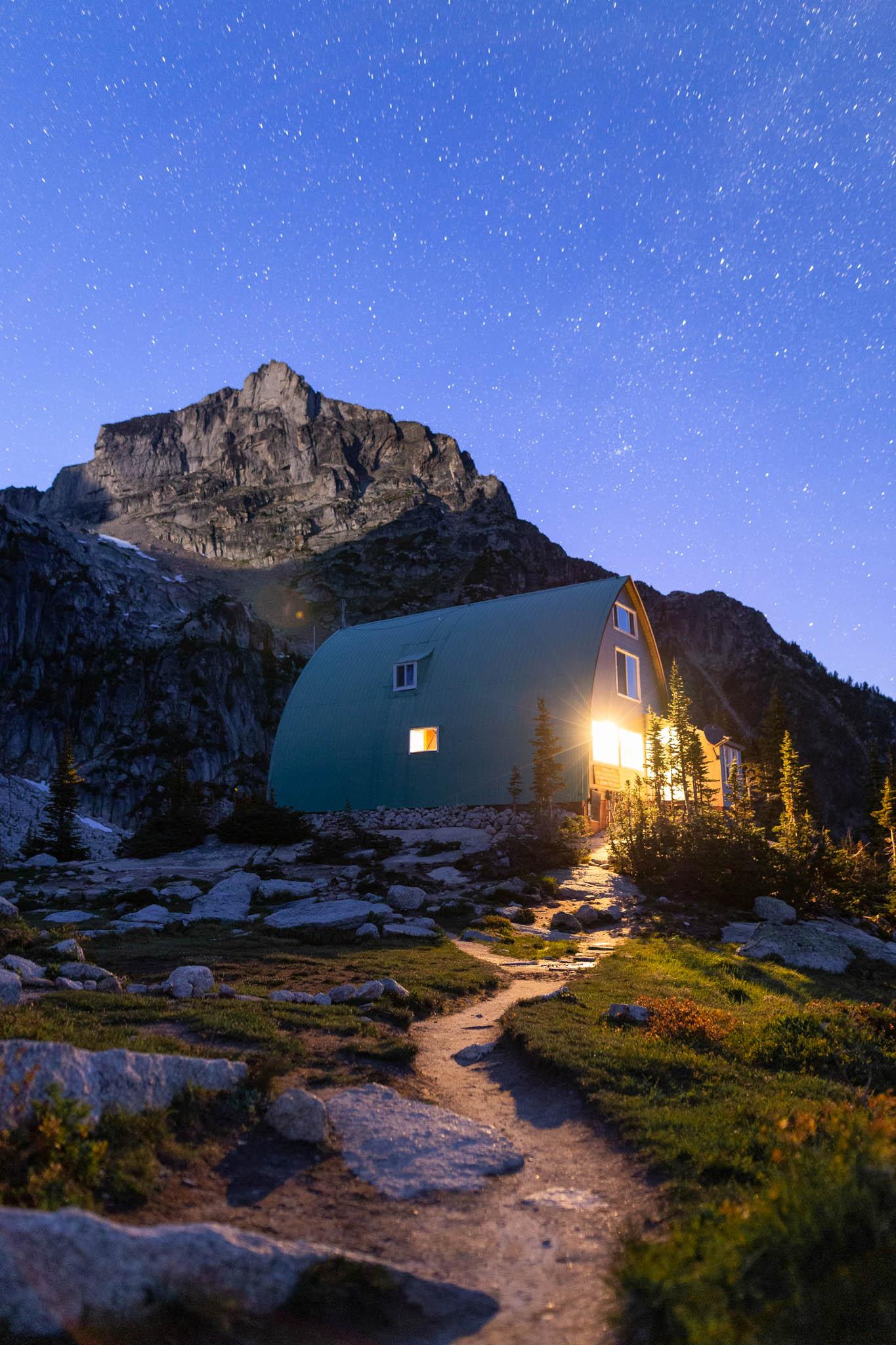 Conrad Kain Hut under the stars.