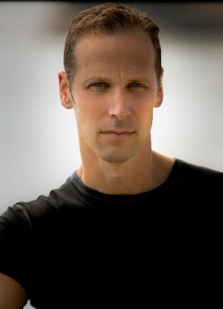 GREGG HURWITZ    NY Times  #1 international bestselling author of 20 novels.  NY Times  bestselling comic book writer ( Wolverine, Punisher , and  Batman).  Screenwriter,  the Book of Henry.