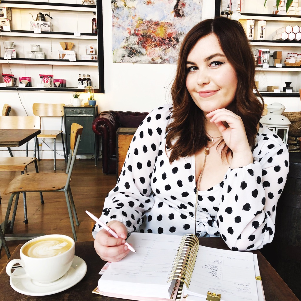 Julia Day, founder of Independent Girls Collective, featuring on Rock Rose Digital HerStory female empowerment blog.