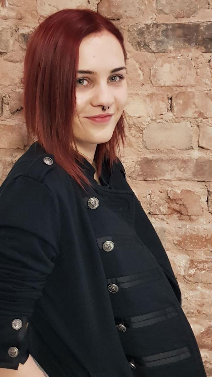 Laura - Stylistin
