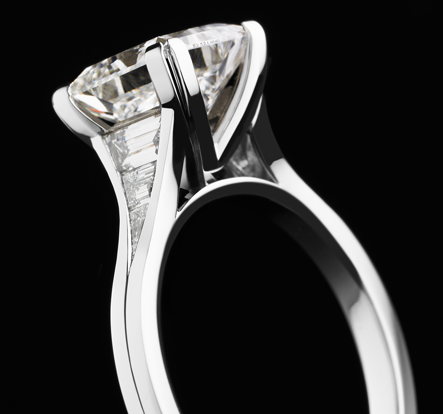 No Code-RBC Volans Engagement Ring-No Date-900x840px-01.jpg