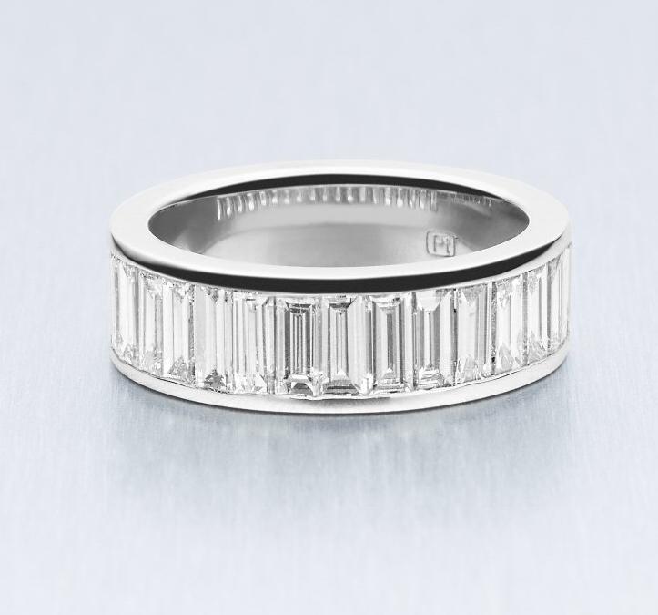 BUNDA Baguette Lovers Eternity Ring