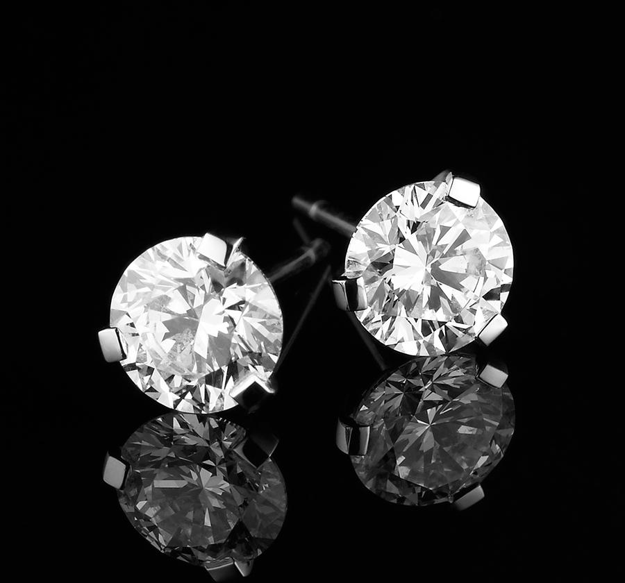 210177-RBC Diamond 3 Claw Stud Earrings-No Date-900x840px-01.jpg