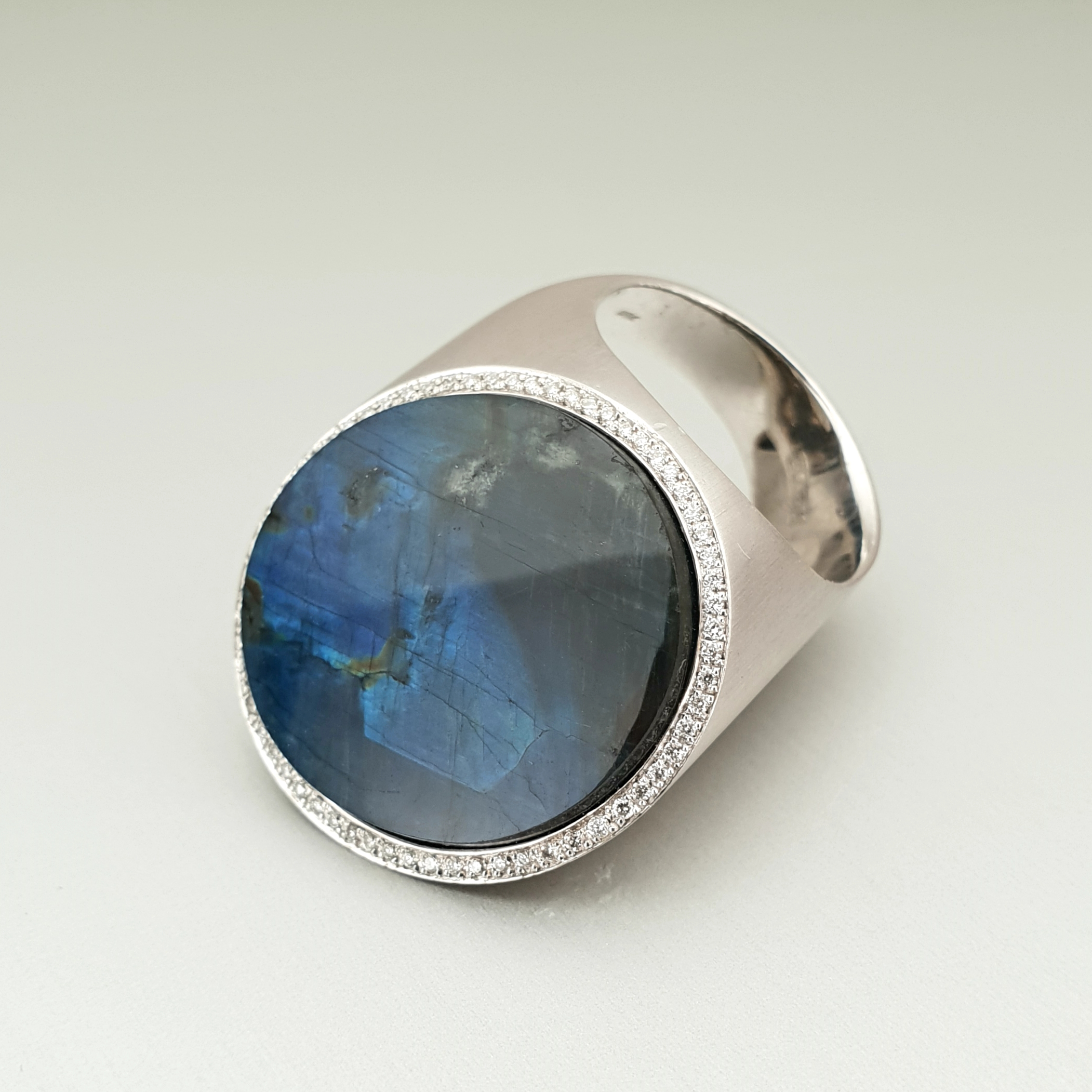 'Corvus' Labradorite Ring in 18ct White Gold