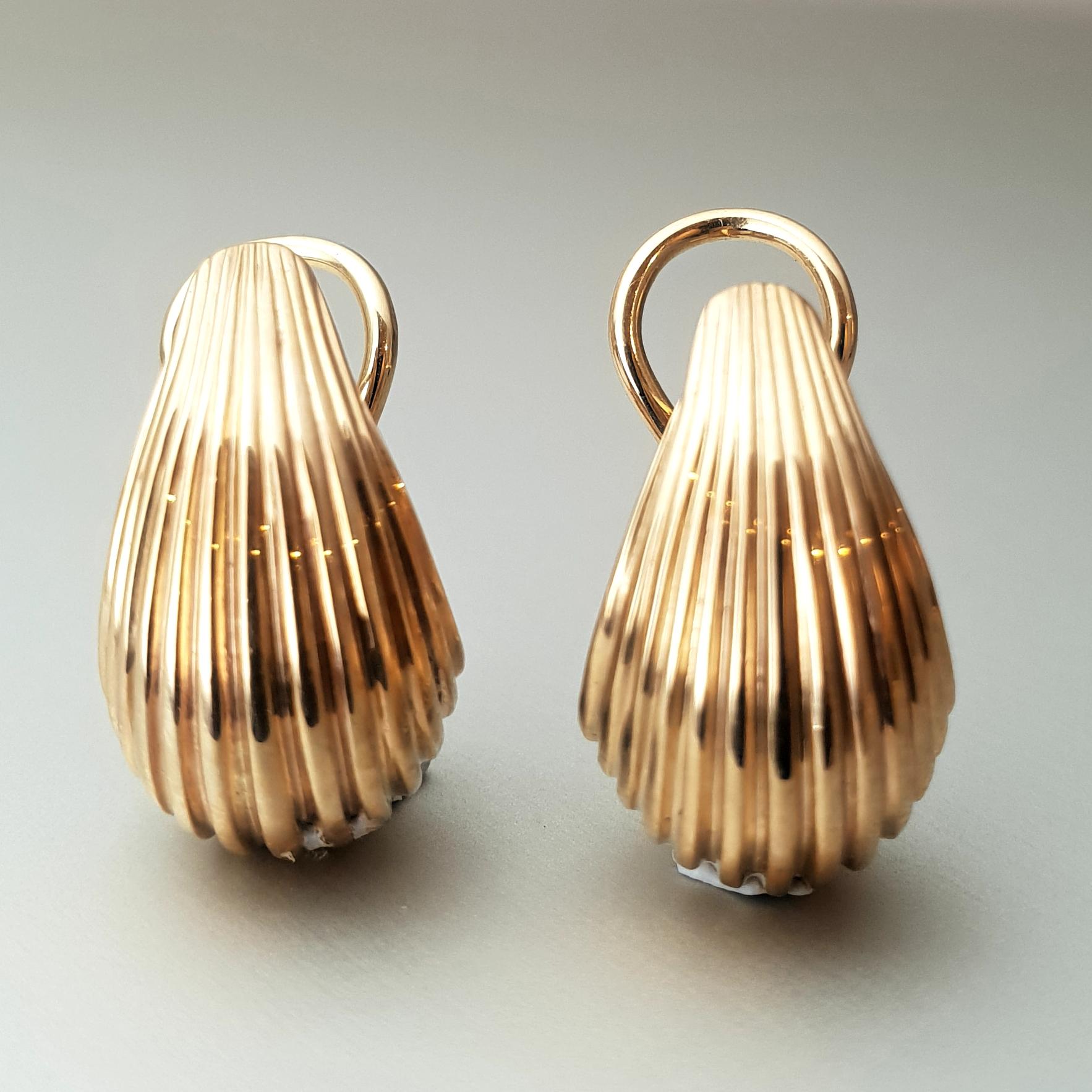 'Bundova' Earrings in 9ct Yellow Gold