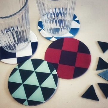 Make leather mosaic Coasters that will make your eyes go squiffy!! #leather #coasters #make #geometric #check #triangle #pattern #chessboard #blue #red #drinks #glasses #interiors #table #decor