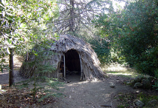 A reproduction of a Tongva hut exhibited at the Franklin Canyon outdoor teaching facility.