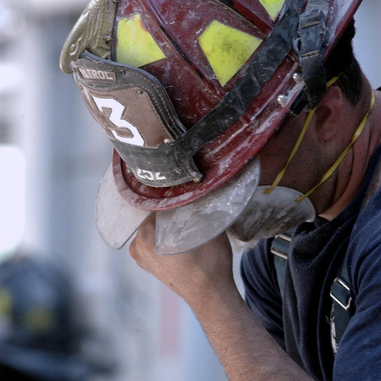 fireman-100720_1920.jpg