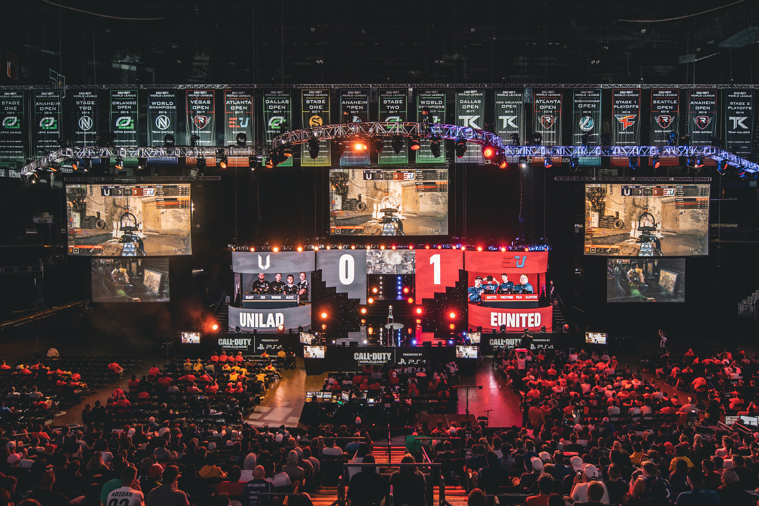 Team Unilad vs Eunited battling at 2018 Call of Duty World League Championship at Nationwide Arena on August 18, 2018 in Columbus, Ohio.  Photo by Eric Ananmalay / ESPAT Media