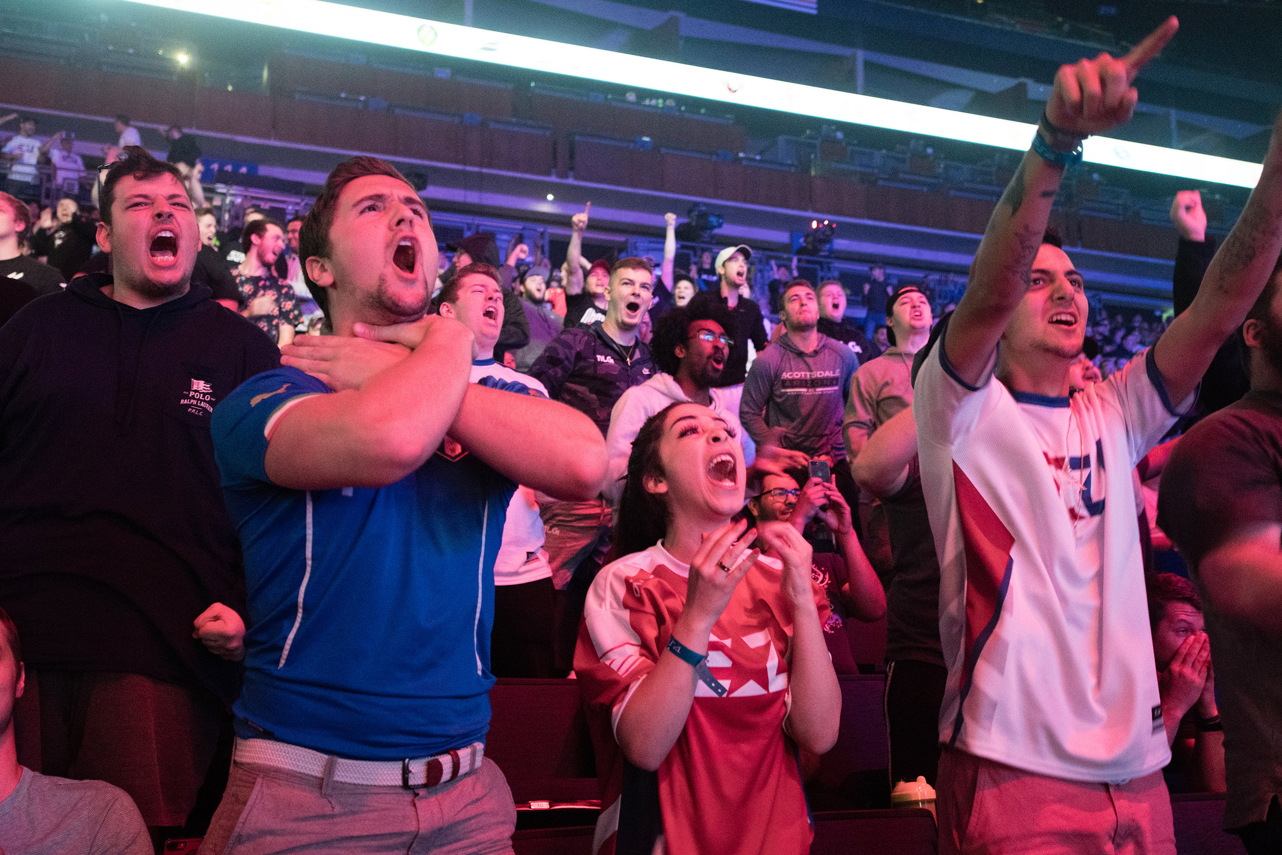 Fans react to round outcome at 2018 Call of Duty World League Championship at Nationwide Arena on August 19, 2018 in Columbus, Ohio.   Photo by Eric Ananmalay / ESPAT Media