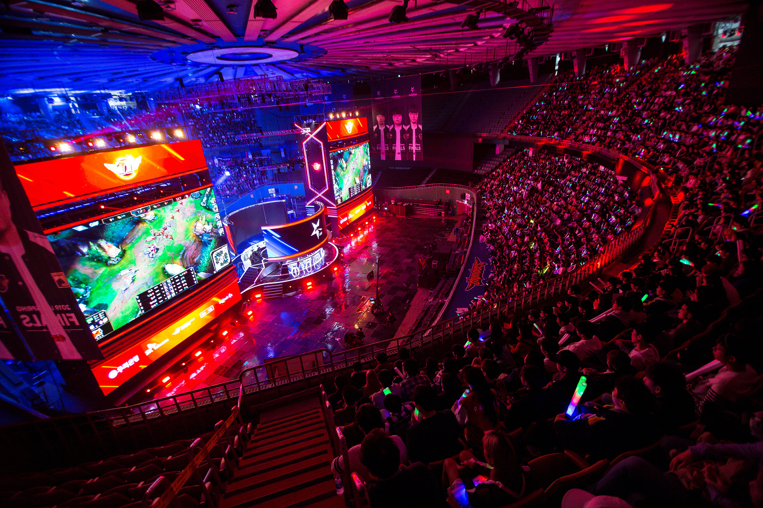 SEOUL, SOUTH KOREA - APRIL 13: Audience watching every round of gameplay on stage while SK Telecom T1 wins 3-0 over Griffin at LCK Spring Finals at Jamsil Sports Center on April 13, 2019 in Seoul, Korea. Photo by Timo Verdeil/ESPAT Media
