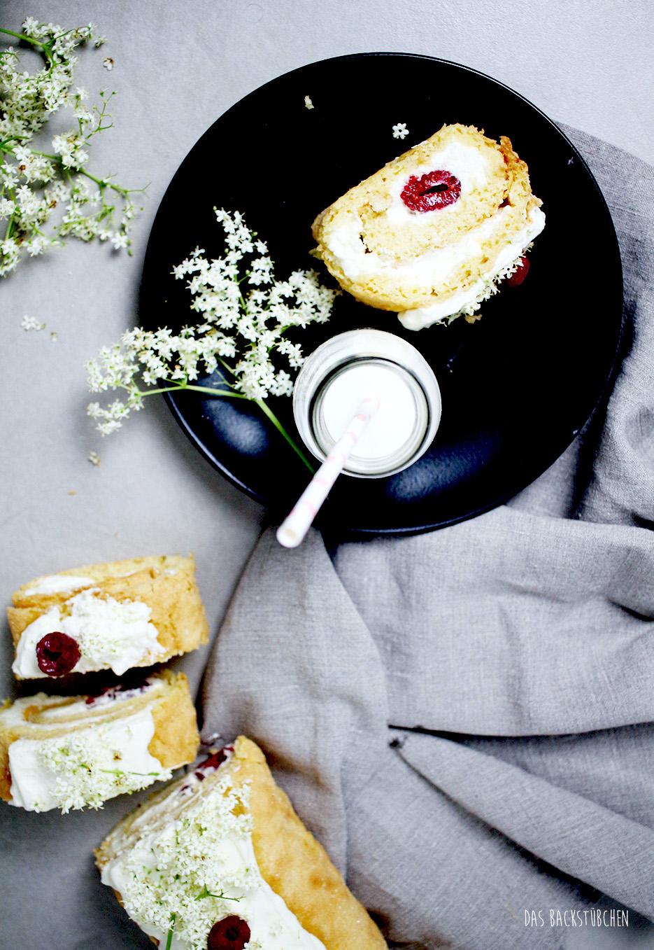 himbeer-holunder-biskuitrolle-7.jpg