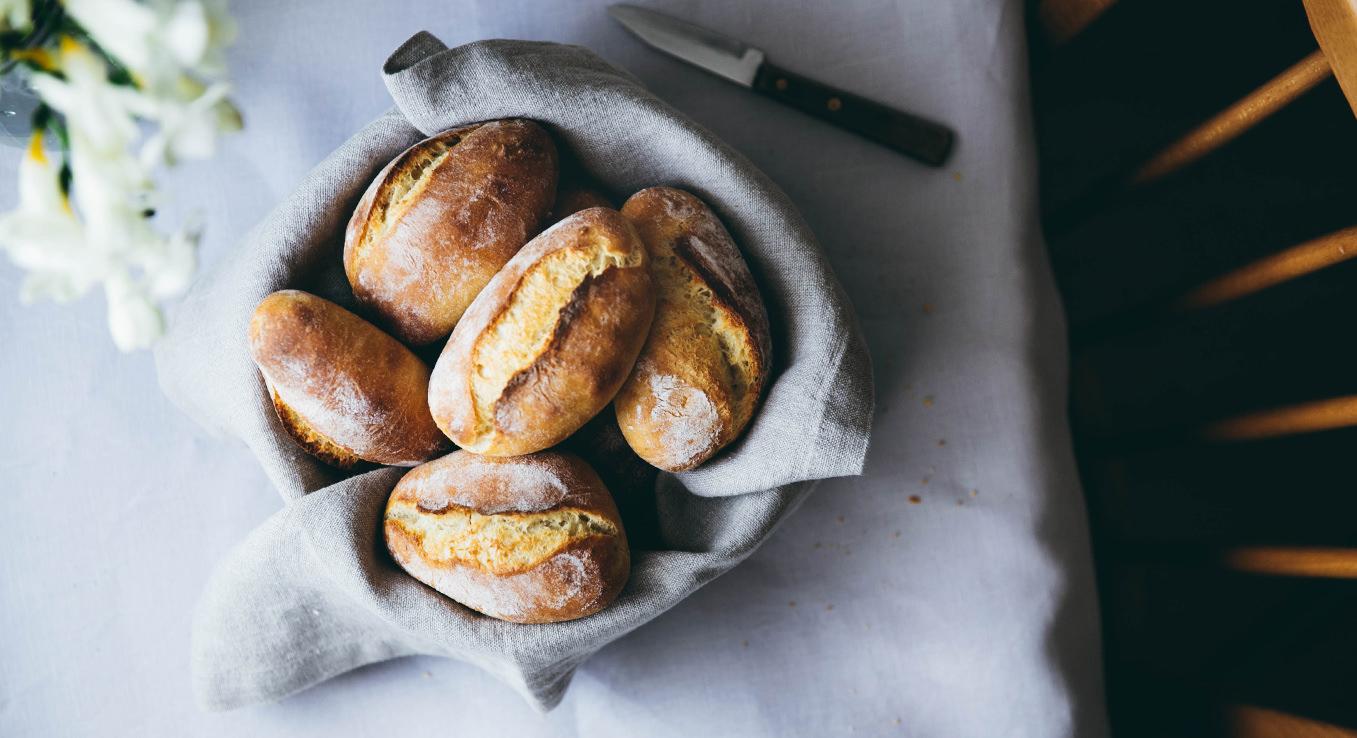 Kartoffelbrötchen schmecken knusprig und frisch wie vom Bäcker.
