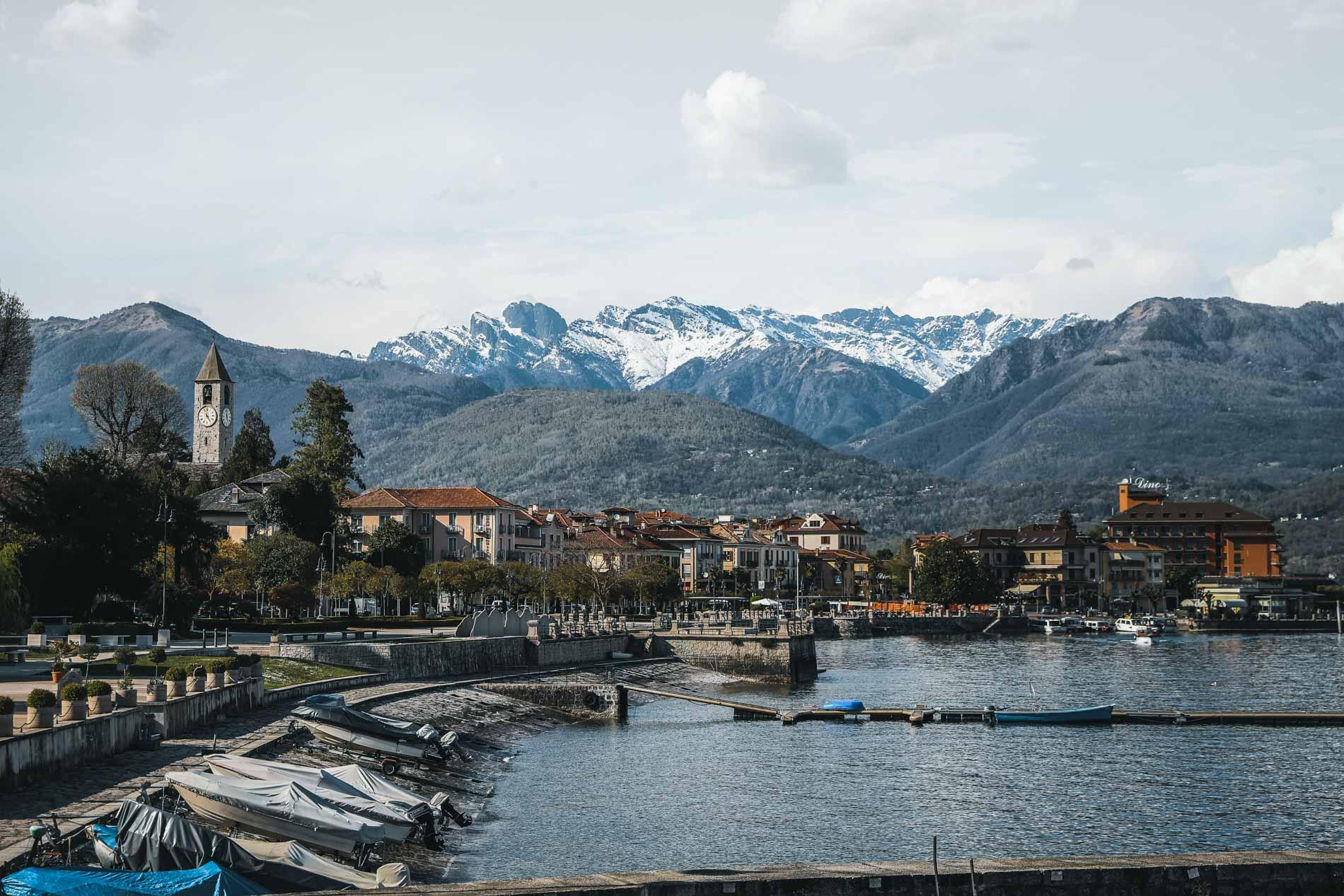 Einen süßen Campingplatz gibt es in Baverno am Lago Maggiore.