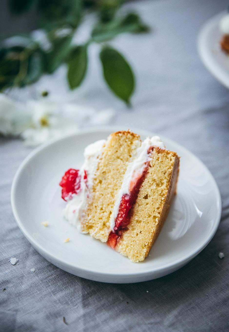 Luftig und locker ist der Wieder Biskuit für Victoria Sponge Cake.