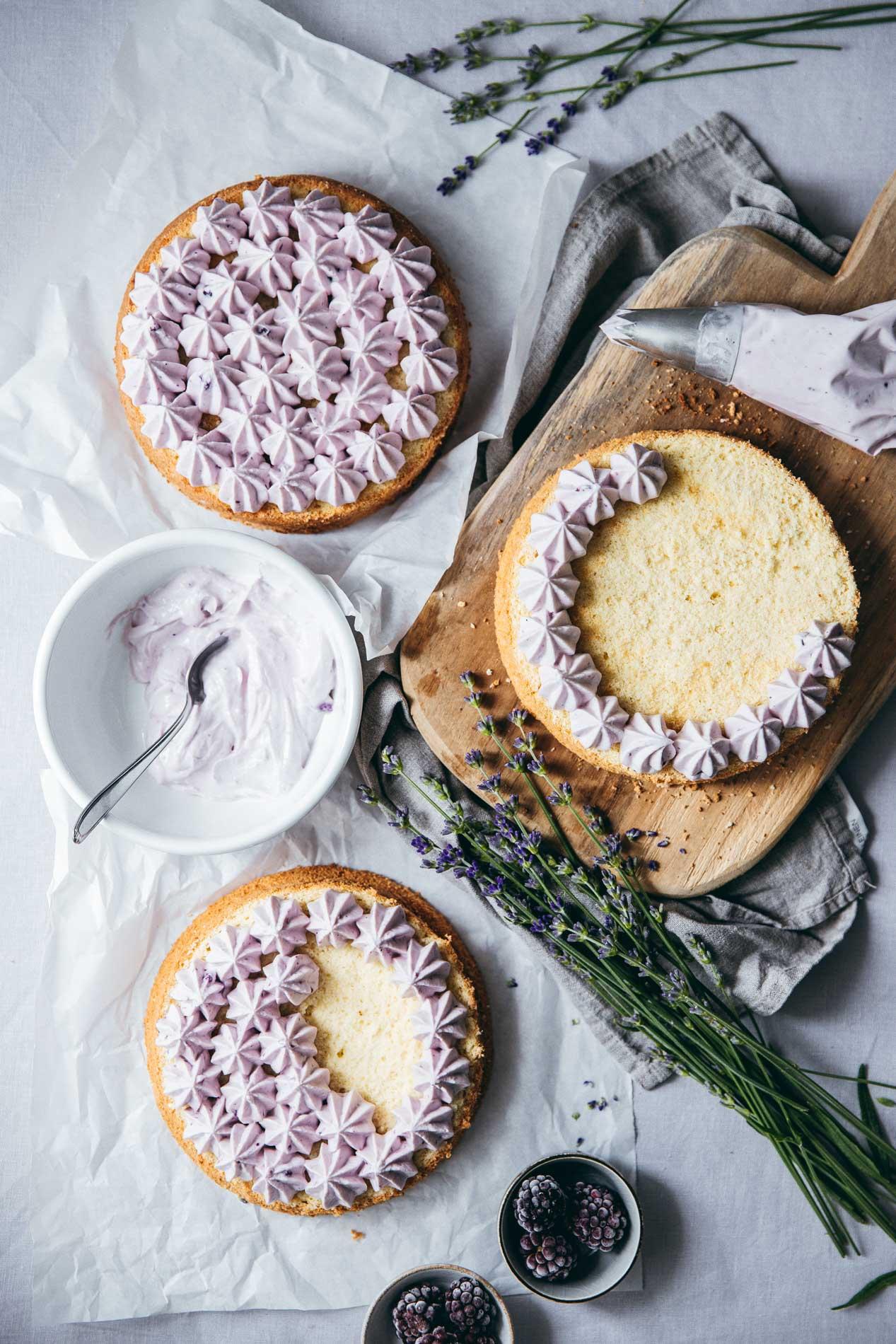Biskuit: Mit diesen Tipps gelingt auch dir der fluffige Kuchenklassiker für die Sommersause.