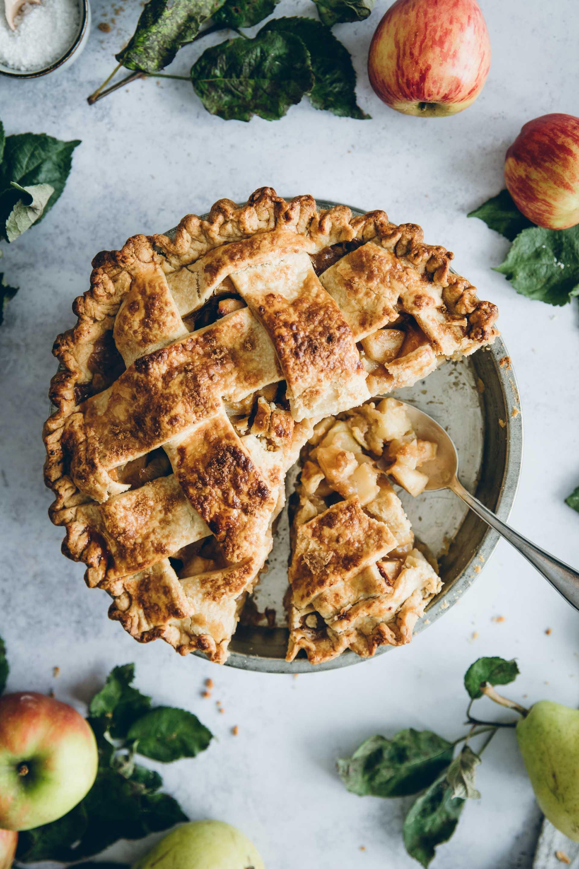 Apfel-Birnen-Pie: Innen weich und außen schön knusprig.