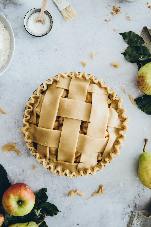 Ta da, so sieht der fertige Apfel-Birnen-Pie aus.