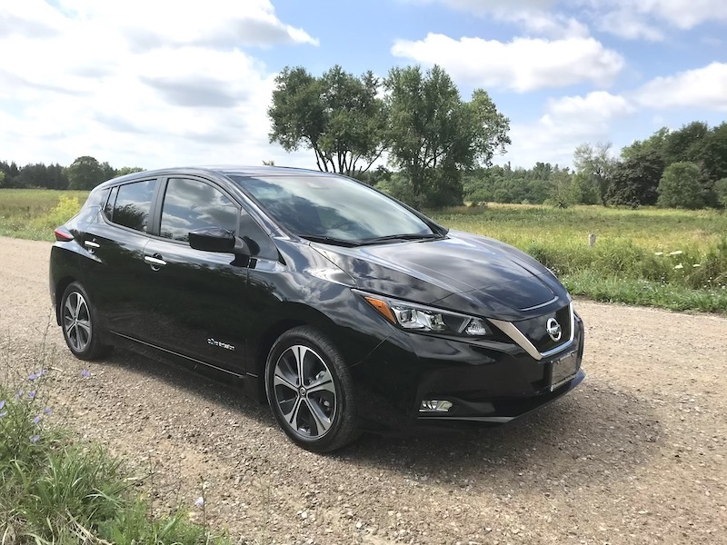 Front view of 2019 nissan leaf.jpg