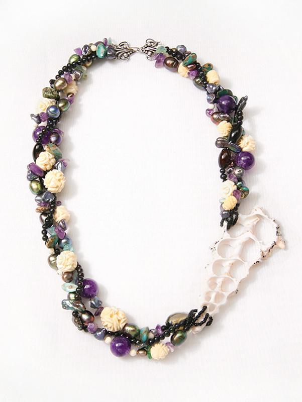 Leiterman_#3Creative Des Jlrs_pearl necklace.jpg