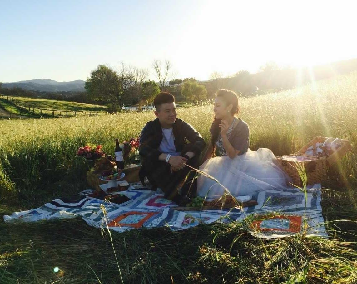 Wine picnic.jpg