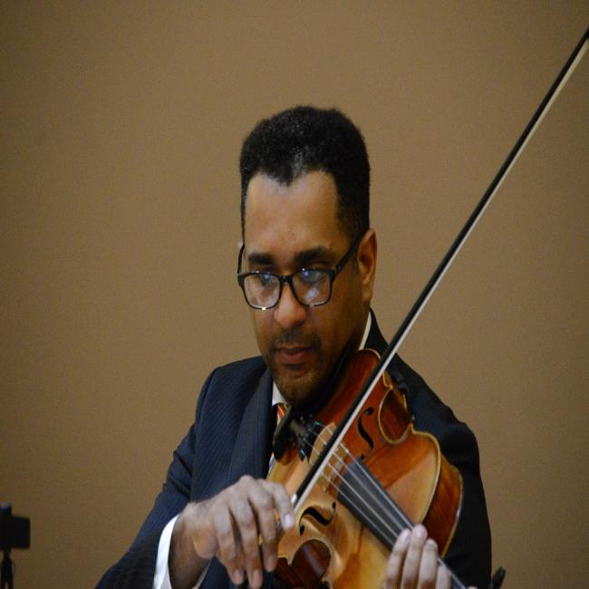 Colin Benn - Suzuki, Violin, viola