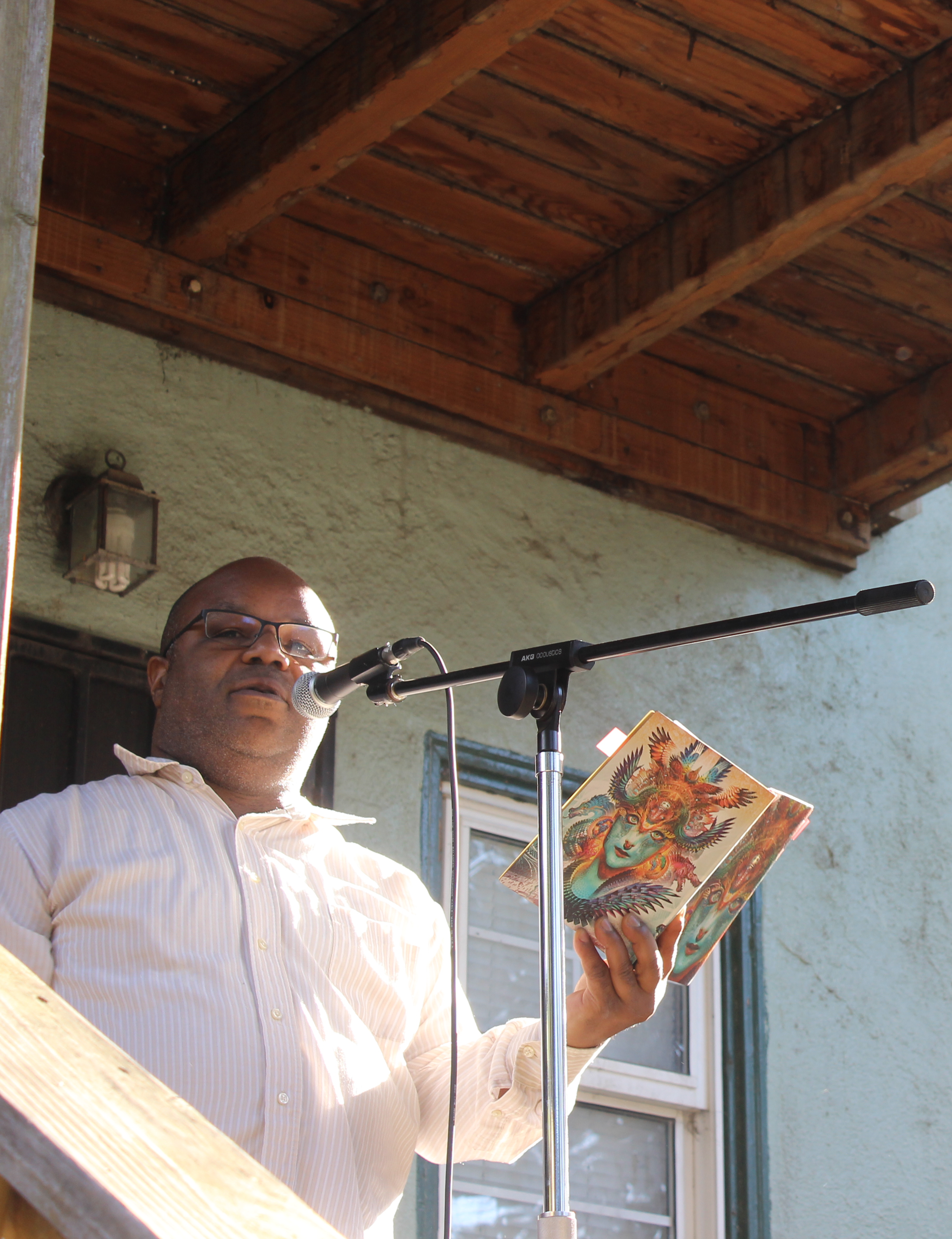 James Cagney reads in the Oak Center neighborhood of West Oakland on 5/11/19
