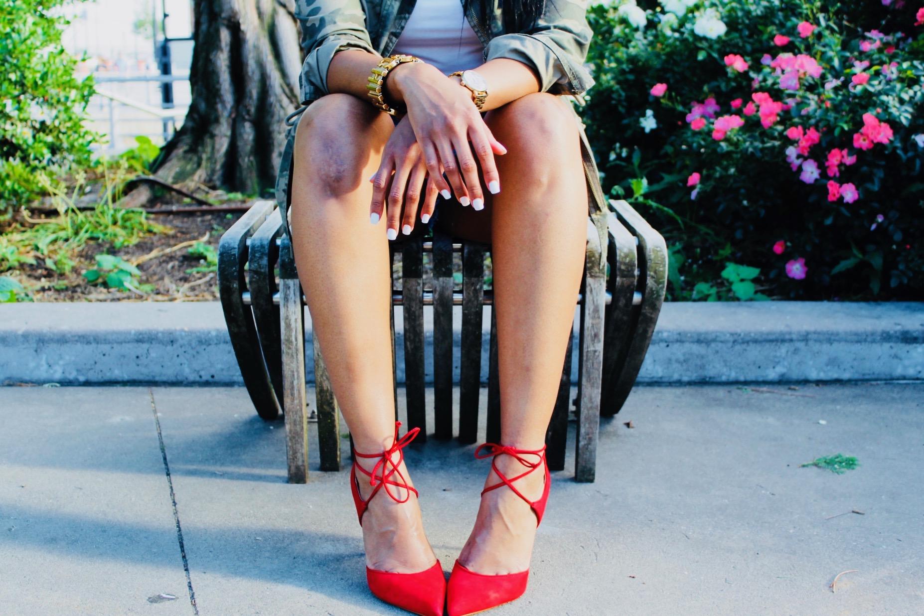 Don't mind my mangled knee. I fall a lot. :-/