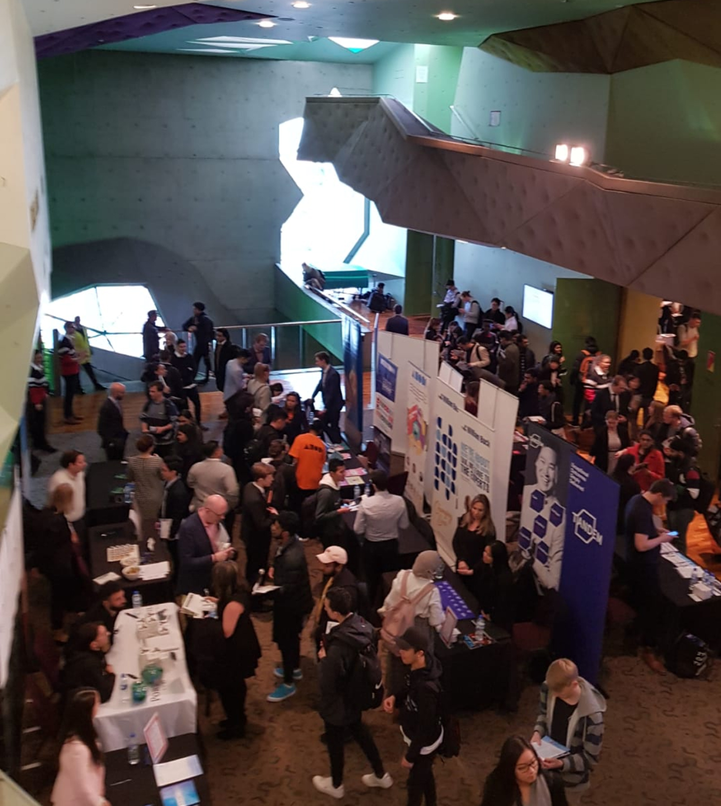 Over 1000 students at RMIT Jobs fair.