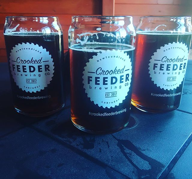 Having a taste of Crooked Feeder at the Cat Stop in Norris Point.  #crookedfeederbrewing #trailstalestunes #grosmorne #norrispoint #thecatstop