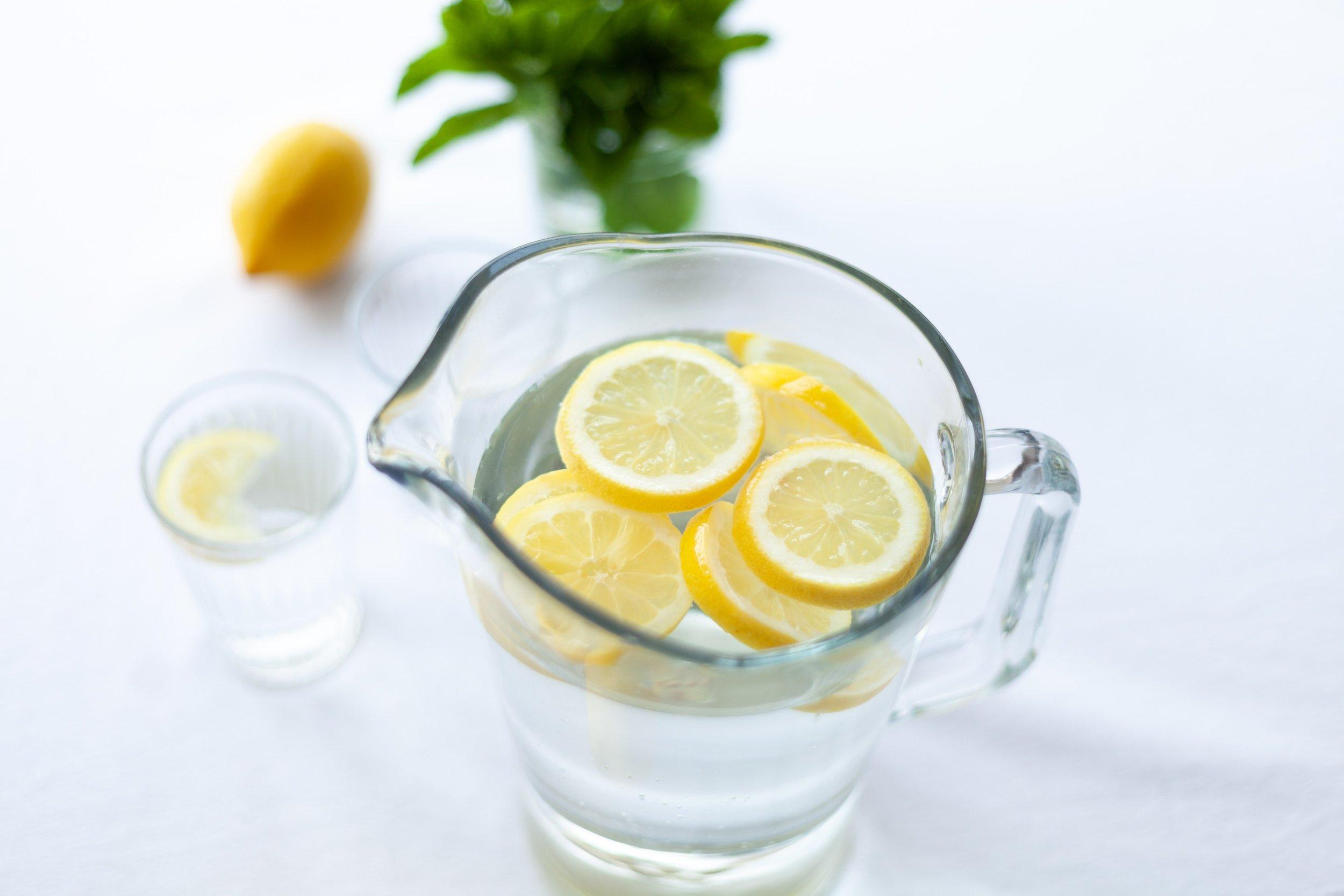 citrus-close-up-drink-1320998.jpg