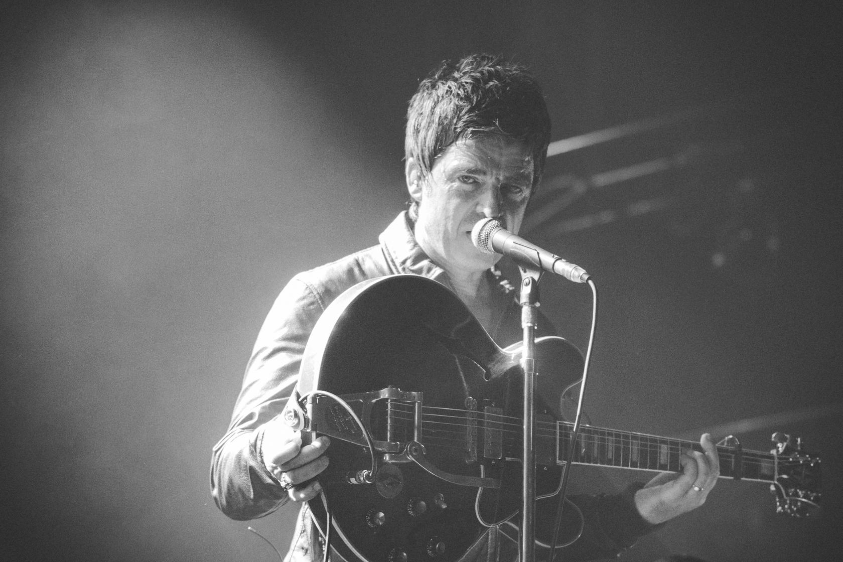 Noel Gallagher - rcstills.com-27.jpg