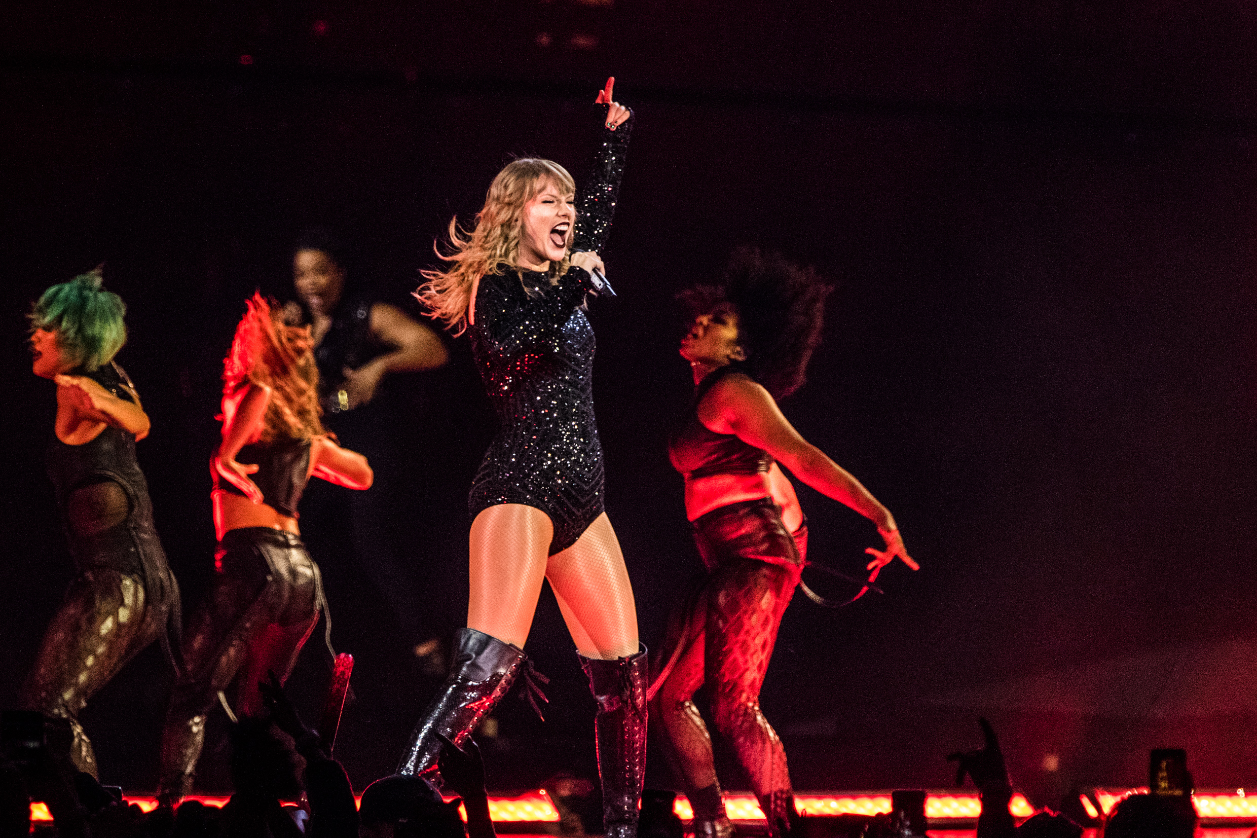 """Review - """"She is, after all, a mega pop star with evident mass marketing smarts and the musical talent to back it up."""""""