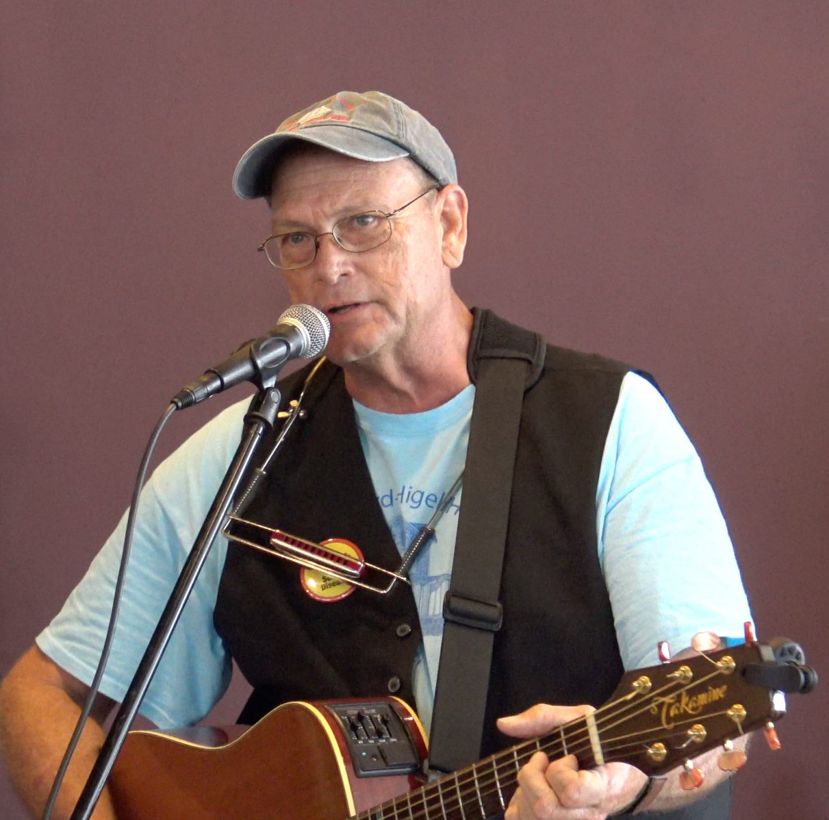 Me at the FMFI benefit. Oasis Coffeehouse, New Port Richey.jpg
