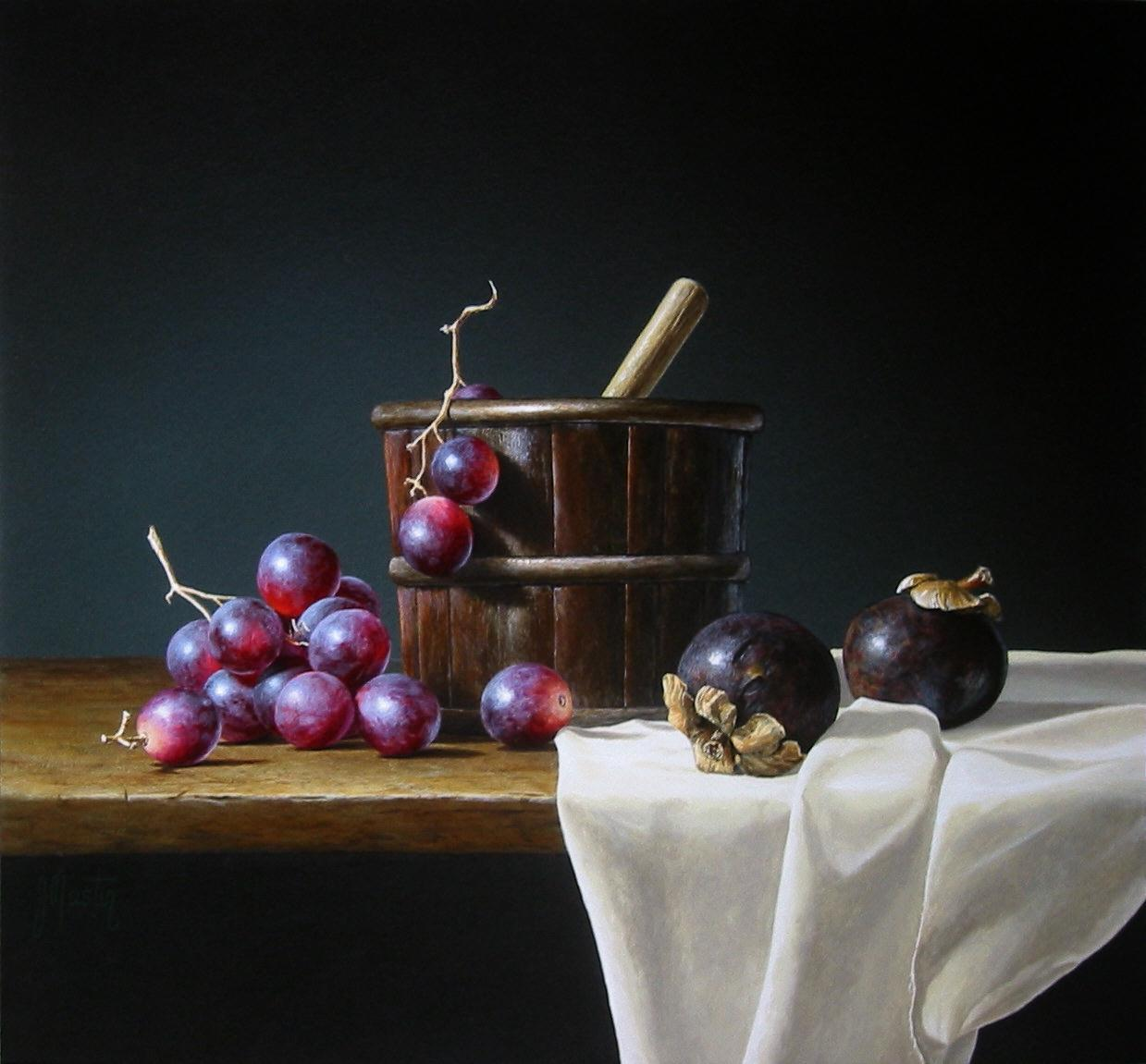 Mangosteen with Grapes