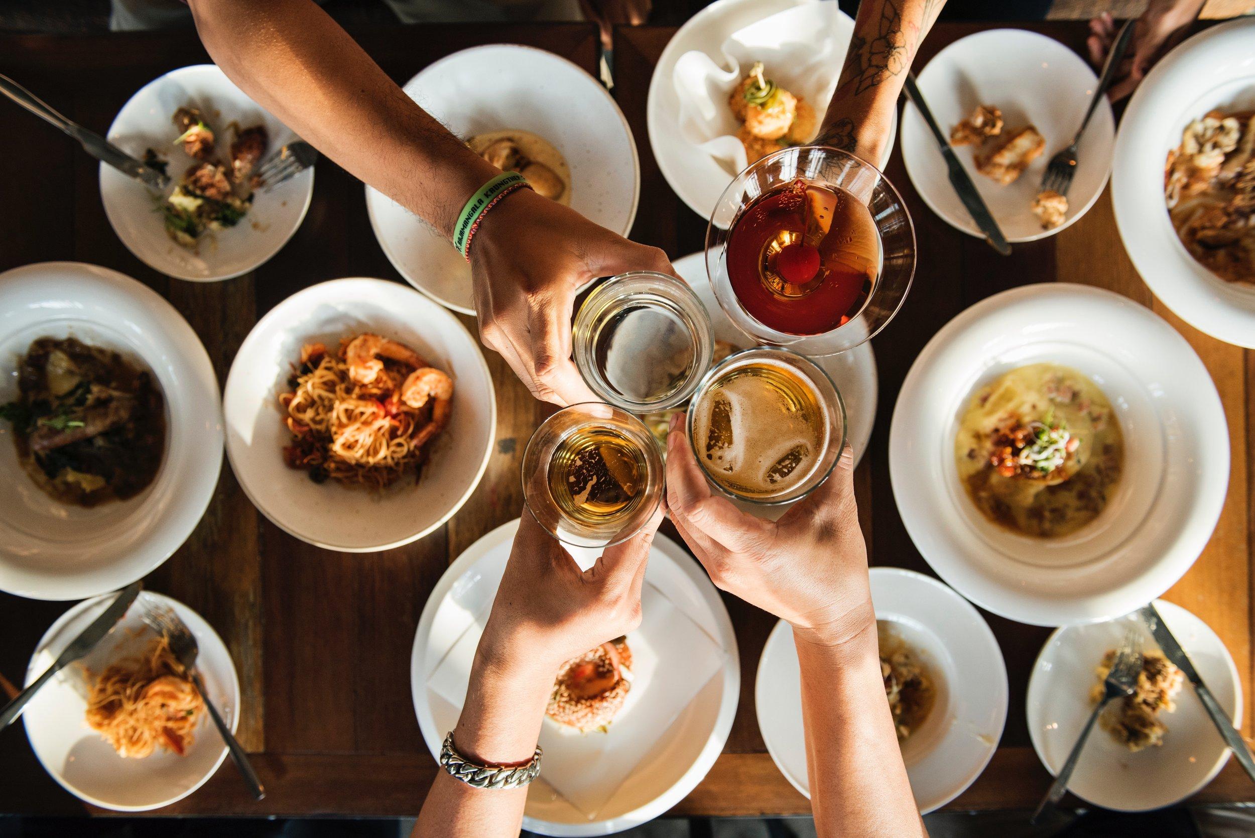 - dinner party hosting