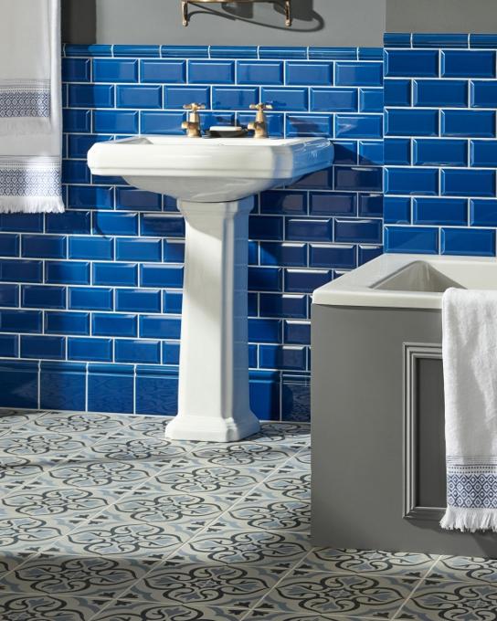Original-Style_Artworks_Windsor-Blue-GWB9900-GWB9902-with-Odyssey-Knightshayes_landscape.jpg