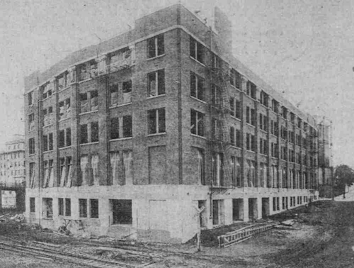 Under construction in 1915.