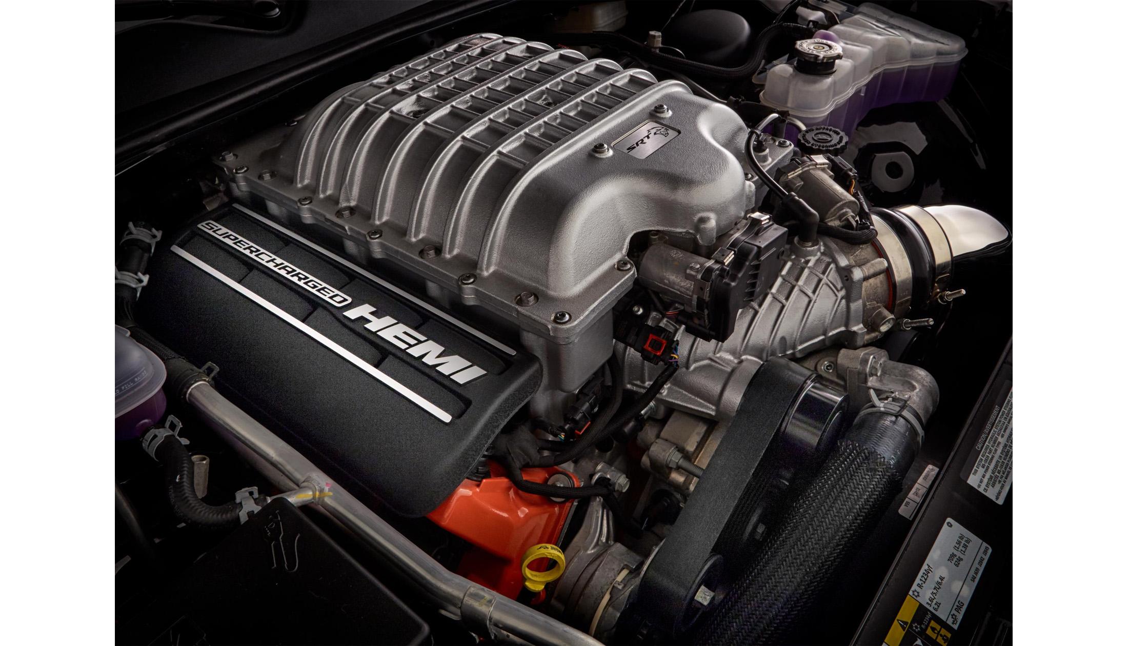 HellCat-Engine.jpg