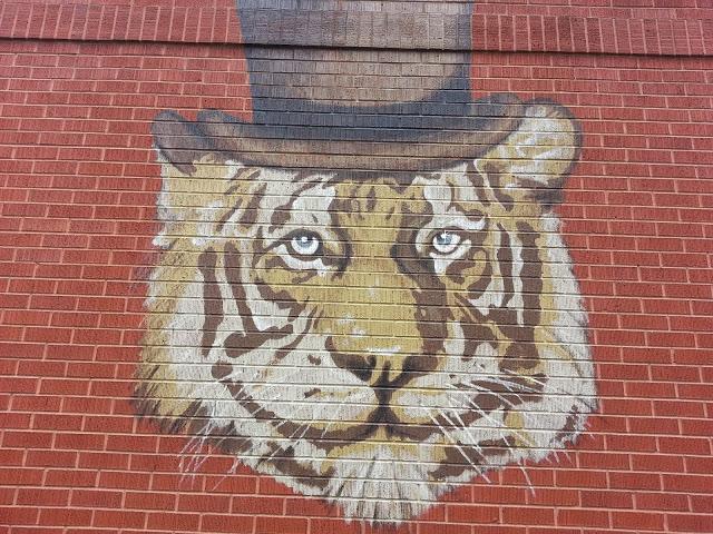 Kaiser Tiger Logo