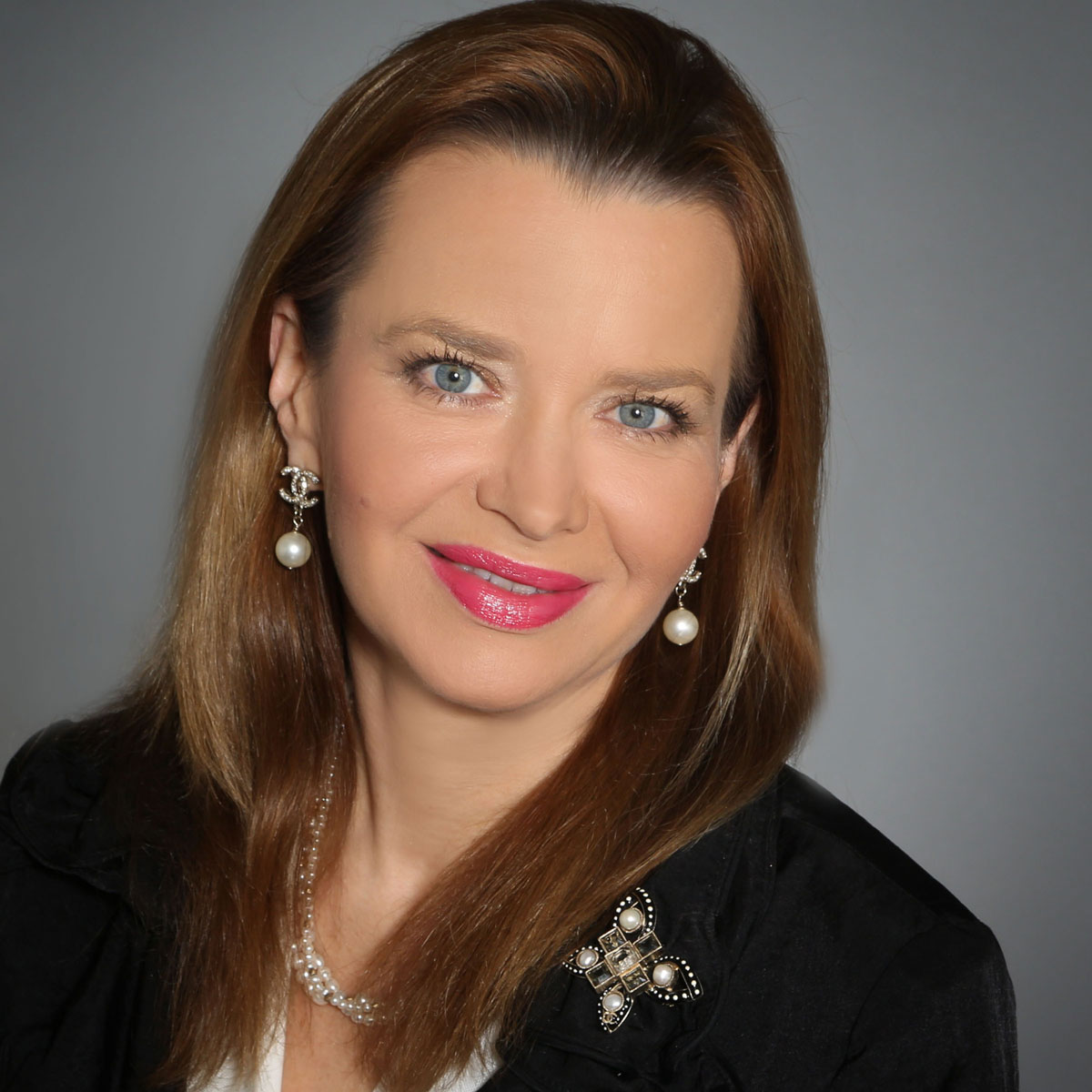 ludmila-golovine-ceo-president-founder-masterword.jpg