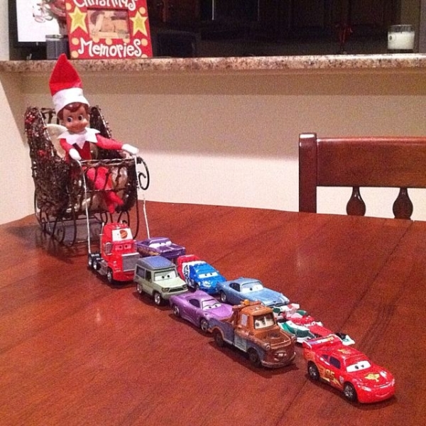 http-indulgy.compost6nBHctyFz1elf-on-the-shelf-ideas-in-the-sleigh.jpg