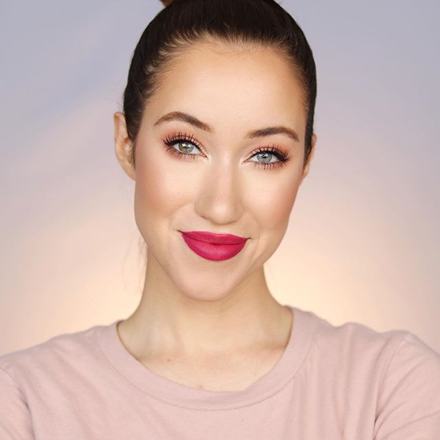 """Today I posted a """"Full Face using ONLY Physicians Formula"""" video on my YouTube channel!! This is the look I came up with, and I LOVE how fresh and natural it looks 💋 I love a good bold lip for the summer 🌊🌴☀️ Head over to my channel to watch the full video (link in bio) 😘What's your favorite @physiciansformula product? And what One Brand Tutorial should I do next? I hope you all are having a great weekend so far!! Love you!💕 xoxo • DETAILS: (All @physiciansformula) RefreshMist Cucumber & Bamboo Facial Spray Rosé All Day Illuminating Setting Spray Spotlight Illuminating Primer The Healthy Foundation In LW2 Concealer Rx Concealer In Fair Light The Healthy Powder in LN3 Butter Bronzer in Bronzer Butter Blush in Plum Rose & Natural Glow Butter Highlighter in Pearl Brow Last Longwearing Gel Butter Eyeshadow Palette In Tropical Days Eye Booster 2-in-1 Eyeliner In Deep Brown Organic Wear Fakeout Mascara The Healthy Lip Velvet Liquid Lipstick In Vitamin Beet • • #drugstoremakeup #physiciansformula #makeup #makeuptutorials #summermakeup #7minutegiveaway 🎁🎁🎁"""