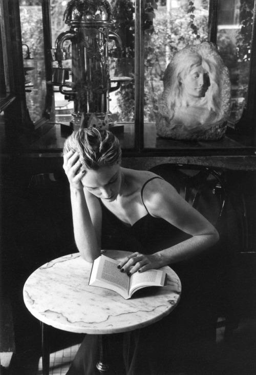 read at cafe.jpg