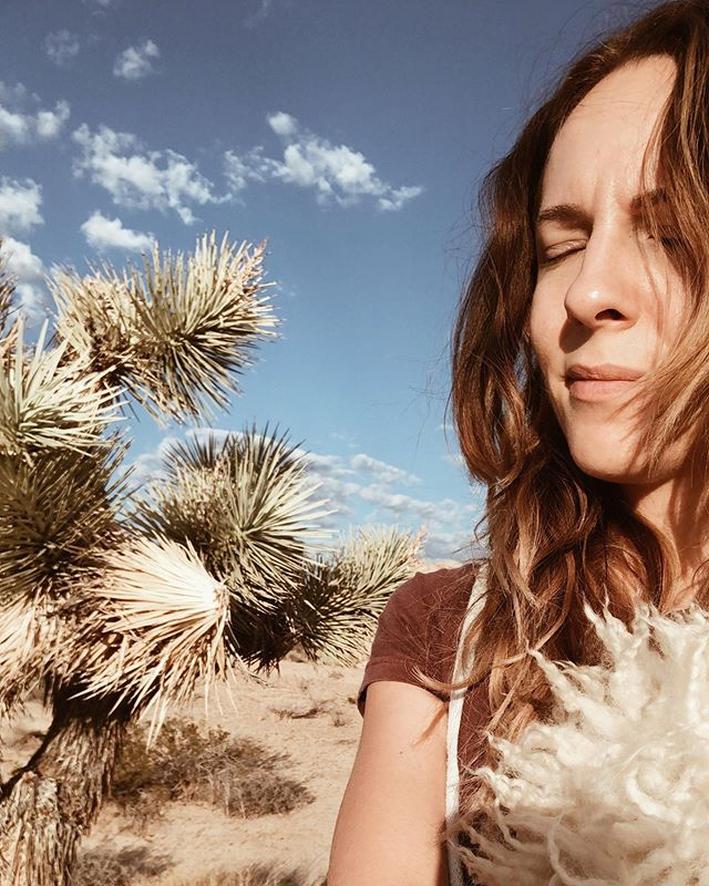 Desert friends! I will be sharing Reiki all day this Sunday 4/14 at @midnightoilgallery in Yucca Valley. Stop by to check out the pop up, get an aura photo, do some shopping, and stay for some healing 💫 If you're in the desert this weekend come say hello and let's connect!